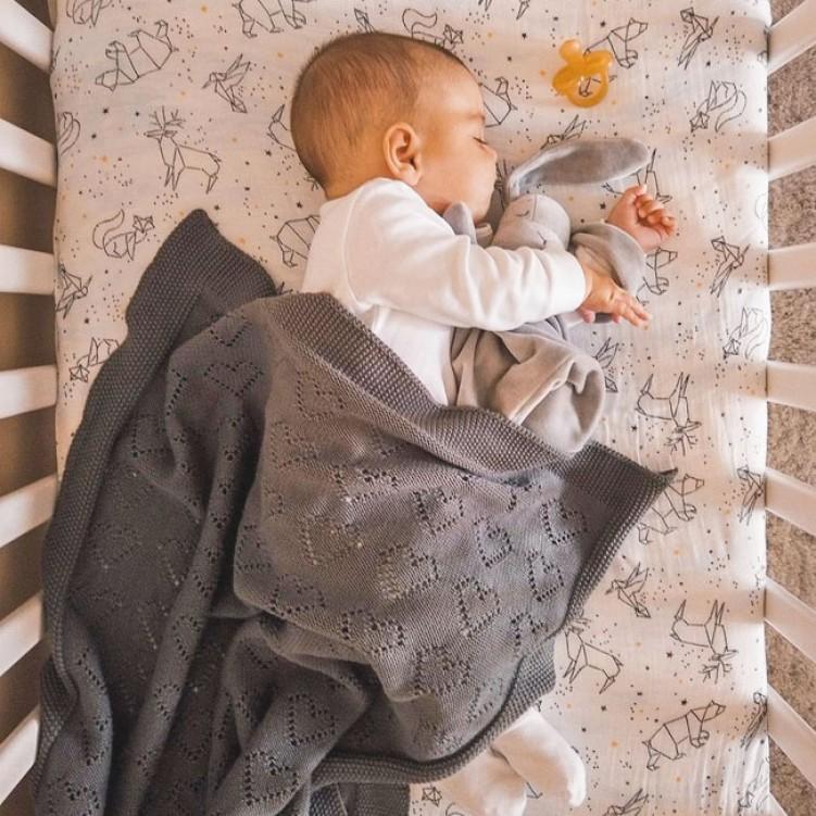 baby blanket hearts 01
